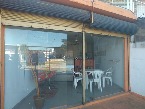 Local Comercial Sobre Gral Flores Ideal Gastronomico $12800