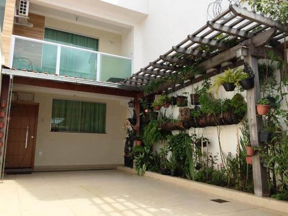 Casa No Bairro Planalto. 3 Quartos 2 Suite. 2 Vagas E Fino Acabamento. - 2278