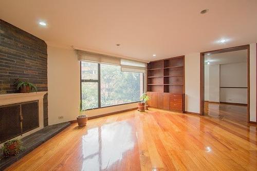 Imagen 1 de 21 de Apartamento En Arriendo El Nogal 90-65766