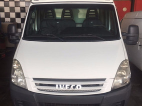 Iveco Daily 35s14 Ano 2010 Bau