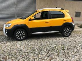 Toyota Etios Cross Novo!