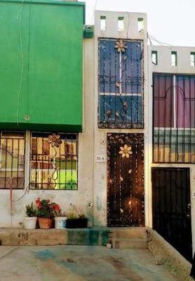 Casa En Paseos Del Vergel Cerca A Plaza Sendero Tijuana
