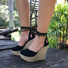 84821afb0 Salto Plataforma Preto Fechado - Sapatos no Mercado Livre Brasil