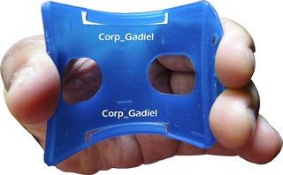 Porta Carnet Vertical. Flexible. Cae Y No Parte.