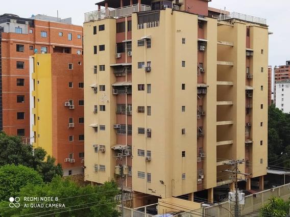 Precioso Apartamento En El Bosque 04243573497