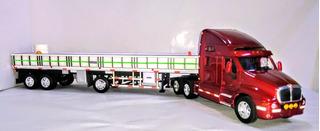 Camion Freightliner + Slider 1/32 Welly