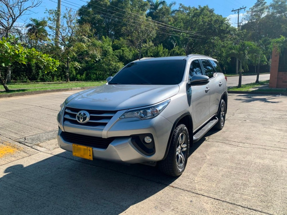Toyota Fortuner Sw4 4x2 2.7 At
