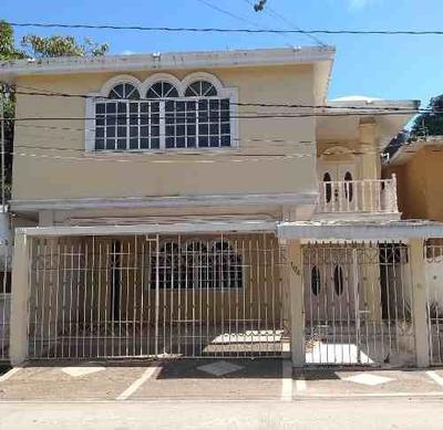 Amplia Casa En Renta En La Col. Lucio Blanco