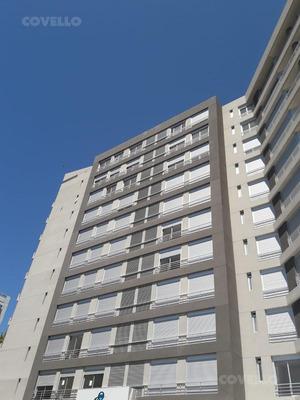 Sobre Avenida, Estrena Piso Intermedio, 2 Dormitorios, Garaje, Amenities, Bajos Gastos.