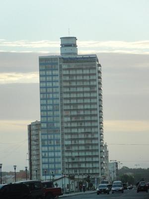 Edificio Playa Club Piso 18 Vista A Ciudad
