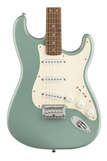 Fender 0371001548 Guitarra Eléct Squier Bullet Strat Ht