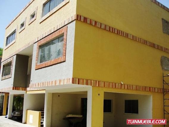 Town House En Venta En Barrio Sucre 04121994409