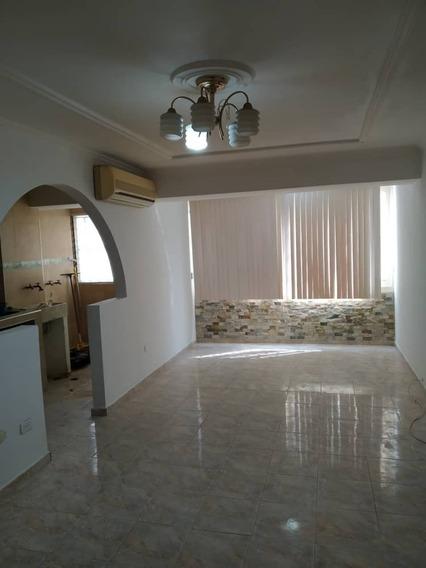 Economico Apartamento En Resd Los Mangos 04265330810