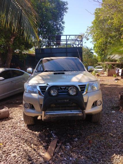 Toyota Hilux Toyota