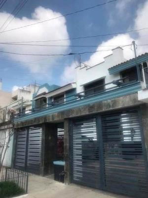 Casa En Venta En Loma Bonita Residencial, Zapopan Jalisco