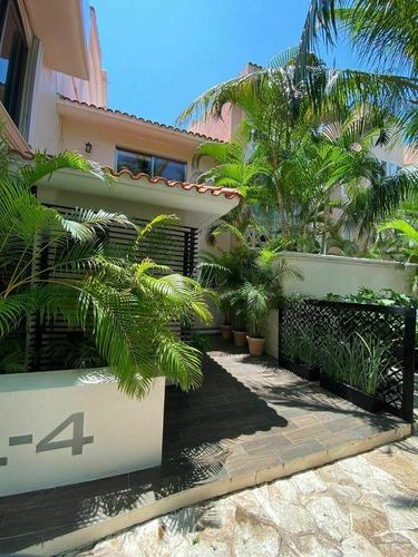 Casa En Venta Isla Dorada Cancun