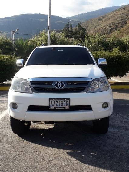 Toyota Fortuner Sr5 4x2