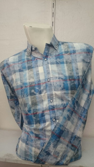 Camisa Azul Cielo Deslavada Hombre Slimfit Casual Moderna