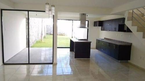 Imagen 1 de 7 de Se Vende Hermosa Casa En Fraccionamiento Privado El Refugio