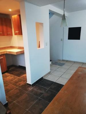 Casa De 2 Pisos 3 Habitaciones Ecatepec De Morelos