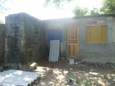 Casa Semi Acabada Em Itanhaem