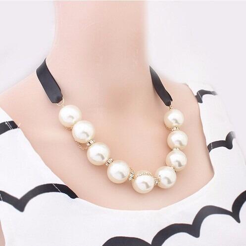 Collar De Perlas Y Cristal Aretes Joyeria Moda Mayoreo