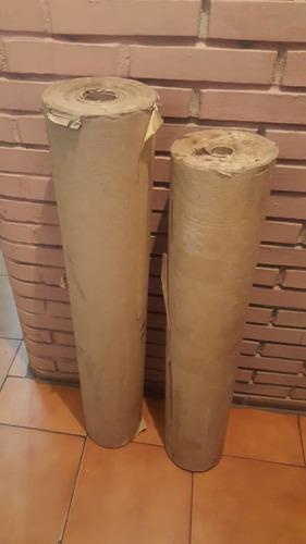 Se Vende Bobina De Papel Kraft De 98 Y 90 Cm De Ancho.