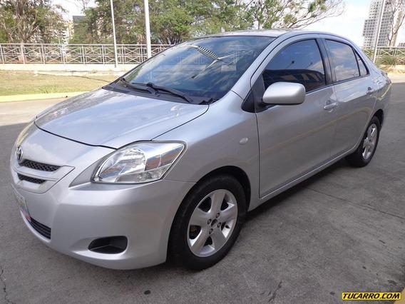 Toyota Yaris Belta Sincrónico