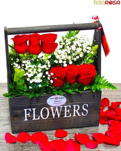 Huacal De Madera Para Arreglos De Flores Para El Día De Los