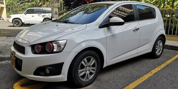 Chevrolet Sonic Lt Hatchback Perfecto Estado