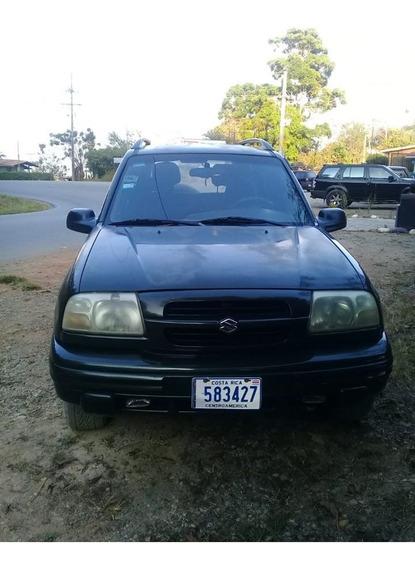 Suzuki Vitara 2000. 4 X 4. 5 Doors