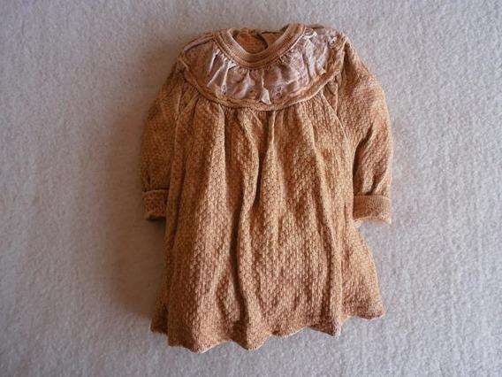 Vestido Criança Em Pedra Ardósia P/ Pendurar Made In Suécia