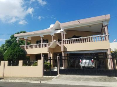 Hermosa Casa De Oportunidad En Urba. Las Antillas Santiago