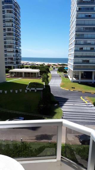 Alquiler / Venta Departamento Punta Del Este Frente Al Mar