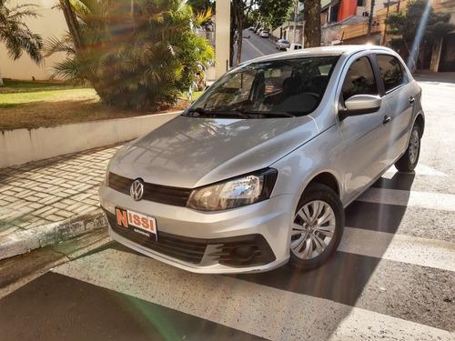 Imagem 1 de 12 de Volkswagen Gol 2017 1.0 12v Trendline Total Flex 5p