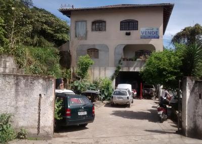 Prédio Comercial E Residencial, Localizado No Bairro Água Verde. - 3574497