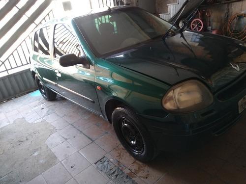 Renault Clio 2001 1.0 Rn 5p