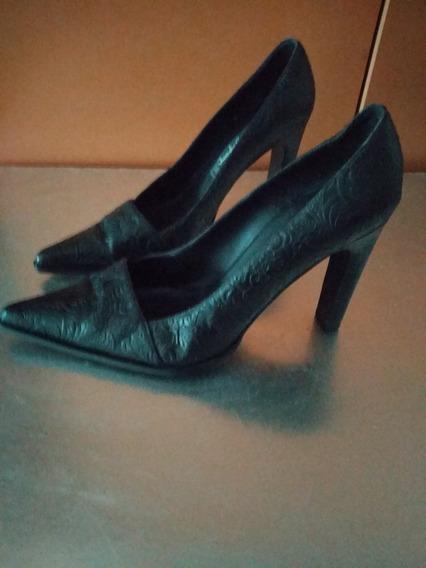 Zapatos Cuero Labrado. Impecbles