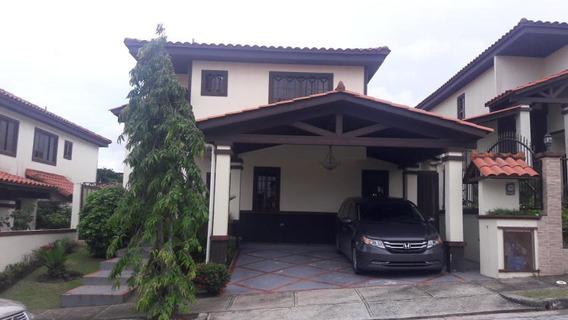 Las Cumbres Agradable Casa En Venta Panama