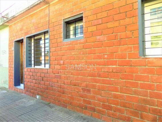 Casa Dos Dormitorios En Centro De Maldonado En Venta- Ref: 37