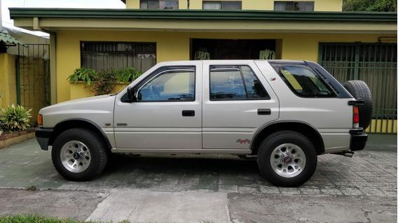 Isuzu Rodeo 1995. 3200 Cc. Manual Gasolina