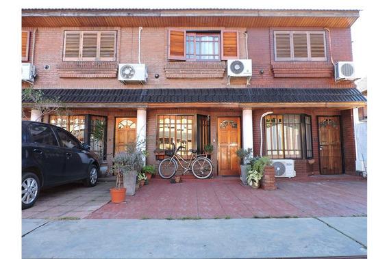 Venta Duplex Haedo 3 Ambientes Con Cochera Y Patio