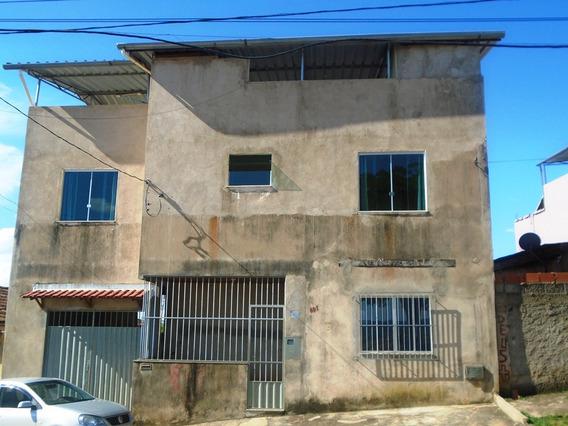 Casa Com 4 Quartos Para Comprar No Nova Almeida Em Ponte Nova/mg - 3994
