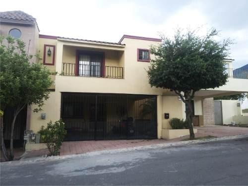 Casa En Renta En Cumbres Santa Clara