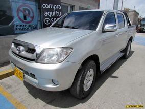 Toyota Hilux Doble Cabina Mt 2500