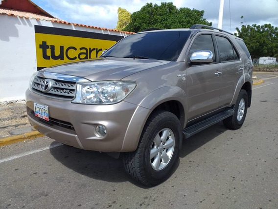 Toyota Fortuner 4x4 Full