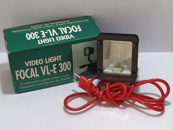 Iluminador Focal Vl-e 300 Para Câmera De Vídeo Filmadora