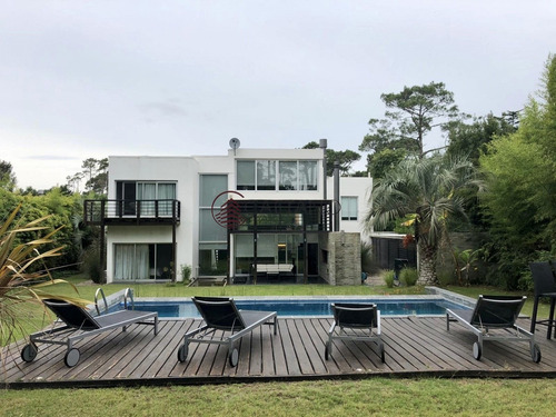 Imagen 1 de 20 de Espectacular Casa En Punta Del Este, San Rafael- Ref: 3015