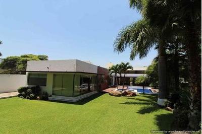 (crm-1404-2931) Se Vende Exclusiva Residencia En Un Nivel Con Vista Al Campo De Golf T