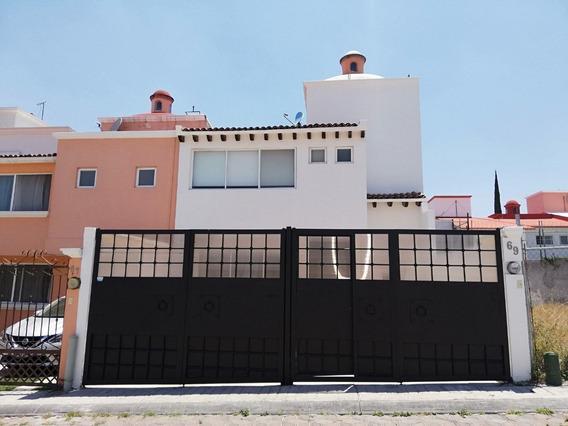 Casa En Renta En Milenio Iii Con 2 Cupulas